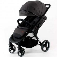 Просторная прогулочная коляска BabyZz B100